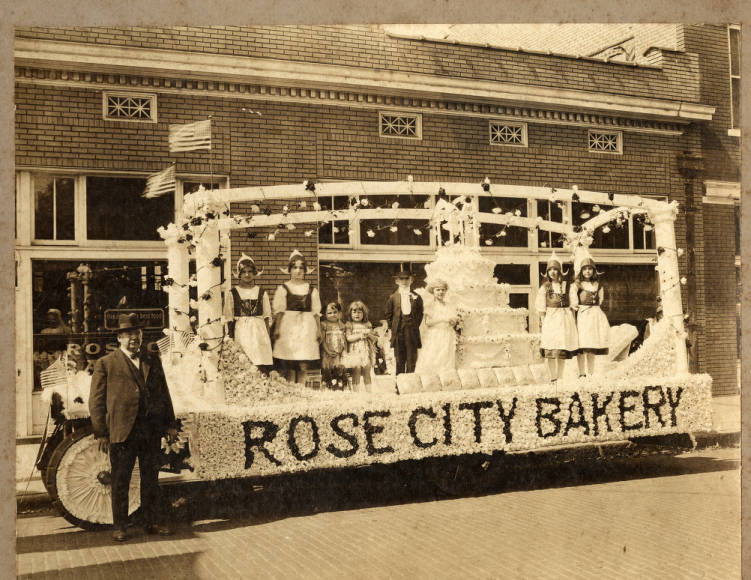 Pulaski County Parades, Celebrations And Fairs Photograph Collection